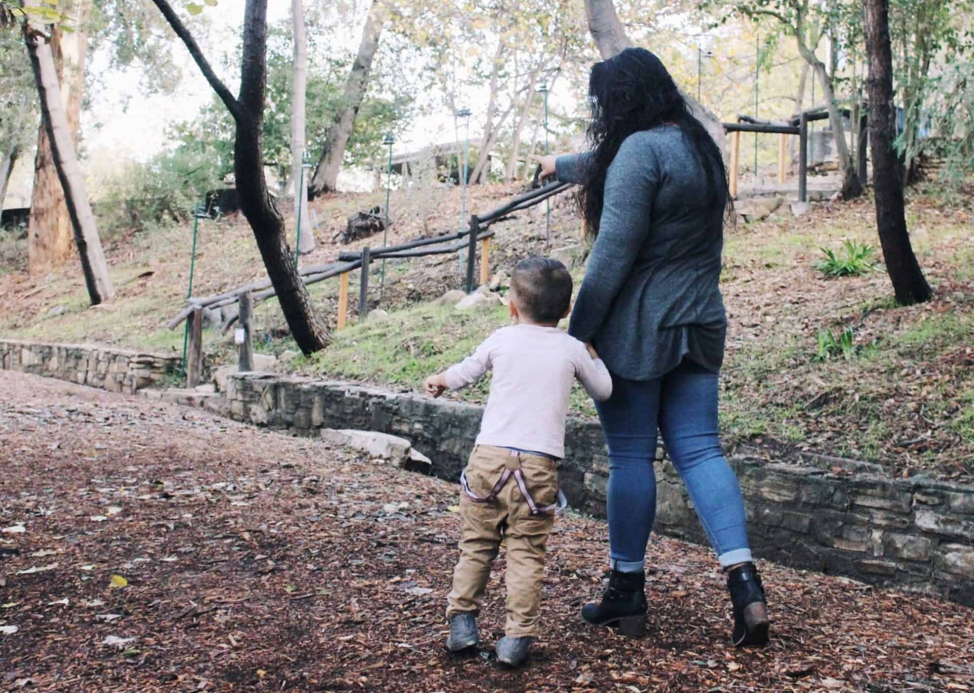 nanny, angeles mannies, los angeles nannies, nanny agency, autumn walk, nanny and child, lady and child, professional childcare
